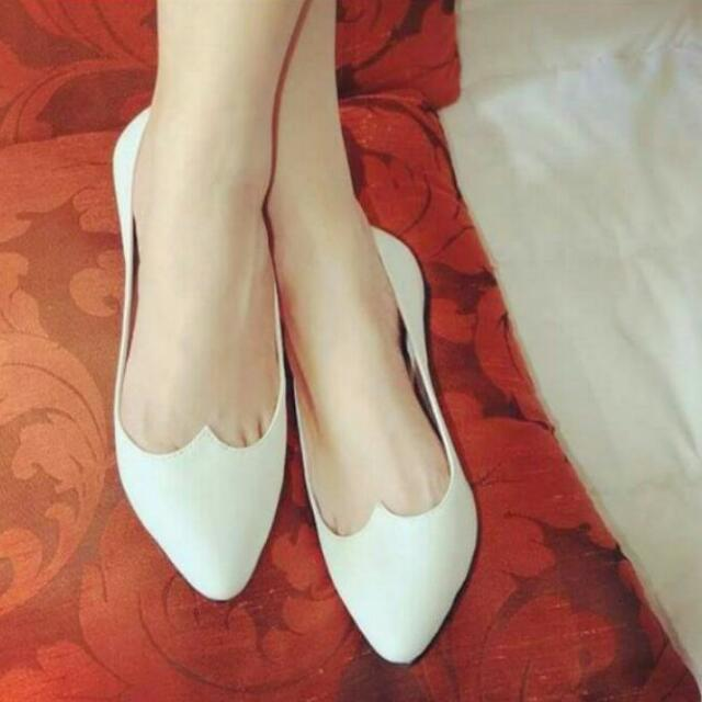 TabzToe Shoes | Price Is Negotiable