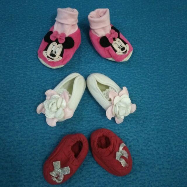 TURUN HARGA - TAKE ALL: Sepatu Bayi Perempuan