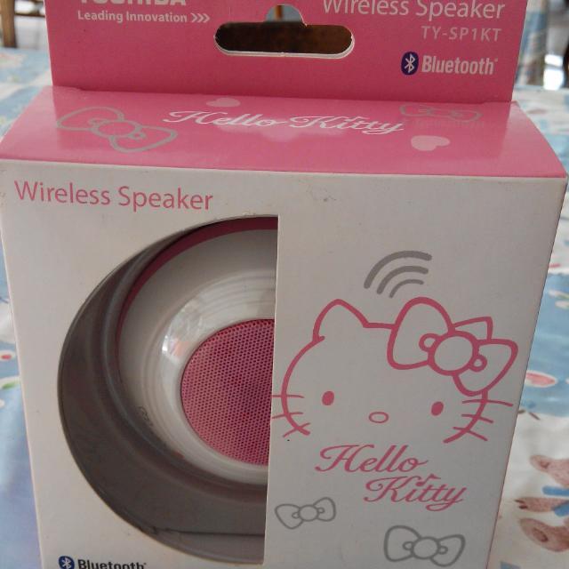 TOSHIBA  HelloKitty(藍牙)無線揚聲器(TY-SP1KTTW)