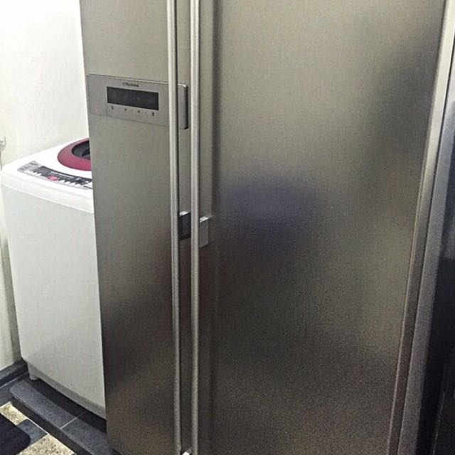 Twin Door Electrolux Refrigerator ESE5608, Kitchen & Appliances on ...