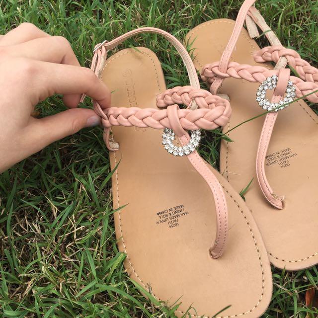 Women's Pink Sandals Size 8