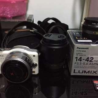 Panasonic GF3 連3鏡頭,16gb card,套,袋等(包電子對焦X鏡,值$3000)