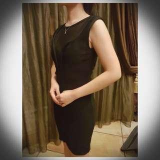 Dress Pesta Size S