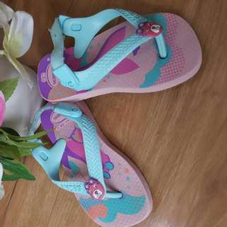 Preloved Baby Girl Slippers