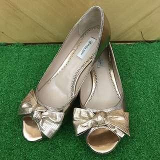(Size 38) Venilla Suits Shoes