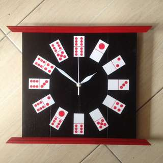 Clock Domino Black