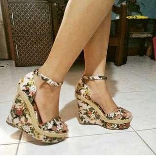 Authentic Qupid Wedge High Heels Sandals
