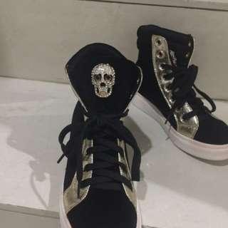 Sepatu Isabel