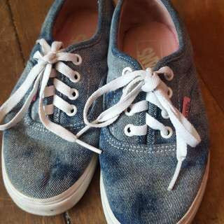 Vans Off The Wall Denim Style