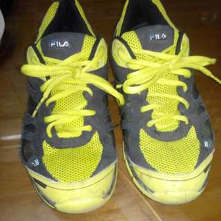 ORIGINAL Fila Running Shoes Size 10
