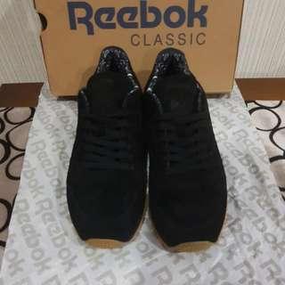 Sepatu Reebok Classic 2k17