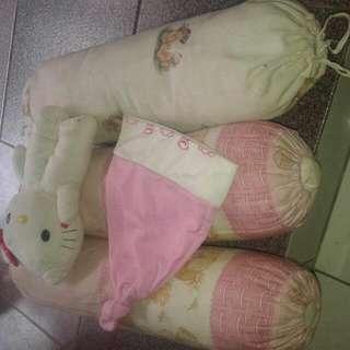 Bantal Bayi Dan Boneka