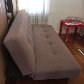 Fashionable Sofa