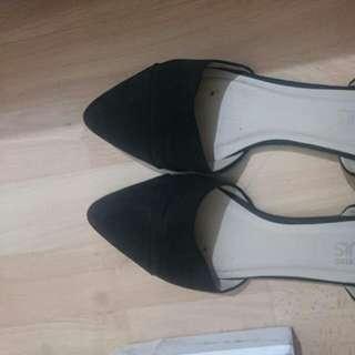 Shoe 9 AU