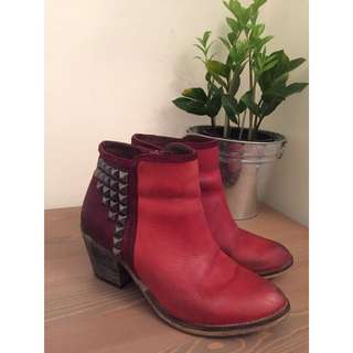 Leather Ankle Boots From Bronx