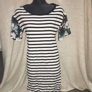 *PRICE REDUCED* Women's Size XXS Sportsgirl Summer Casual Tshirt Dress
