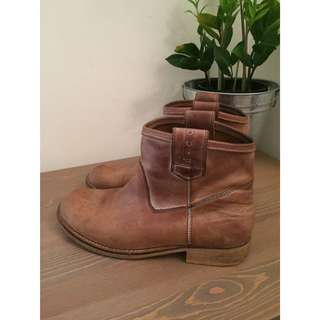 Tan Ankle Boots - Hunter From D.co
