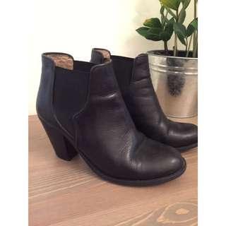 Ivylee Copenhagen Black Leather Boots