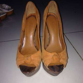 Charles And Keith Heels