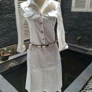 Turun Harga.. Dress Kemeja Putih Lengan Panjang..very good condition..
