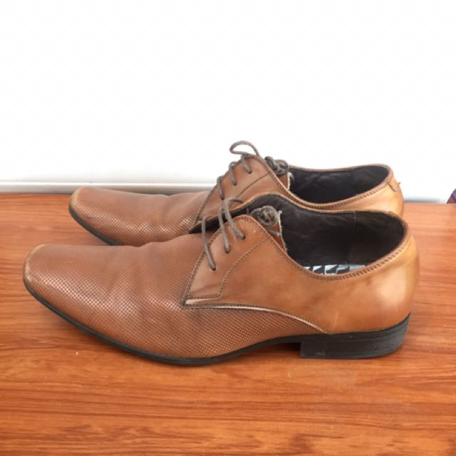 (US9) Julius Marlow Formal Shoe