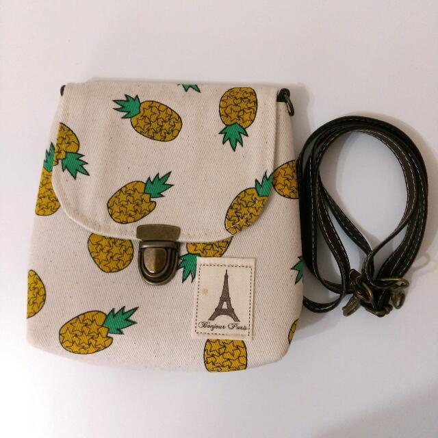 鳳梨圖案小巧側背包