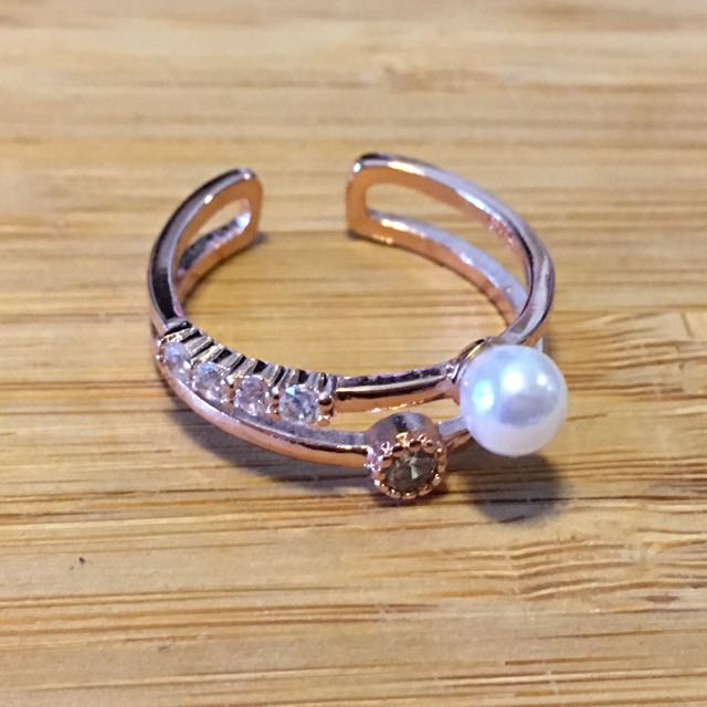 [免運費][百元飾品]玫瑰金色戒指 珍珠 水鑽