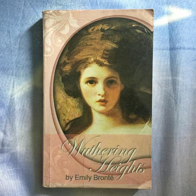📚 Wuthering Heights by Emily Bronté