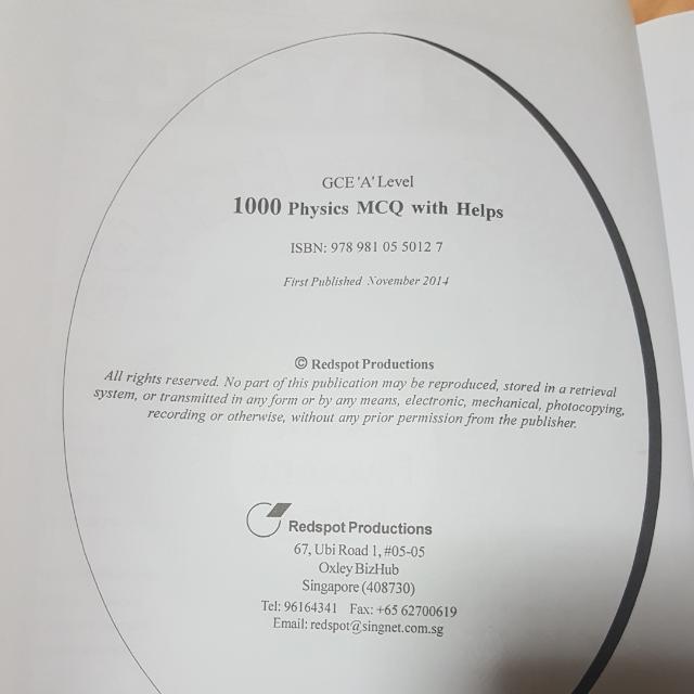 A Level 1000 PHYSICS MCQ Assessment Book, Books & Stationery