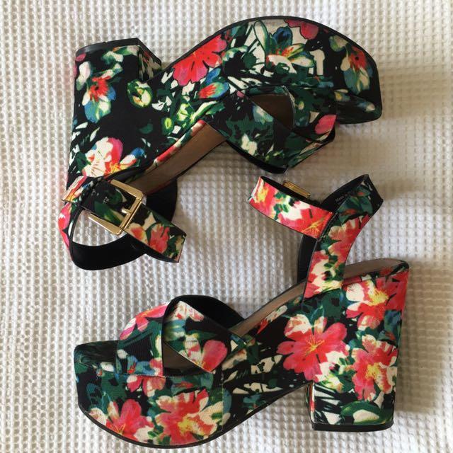 ALDO Floral Shoe