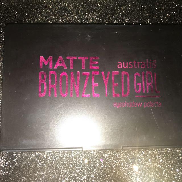 "Australis ""bronzeyed Girl"""