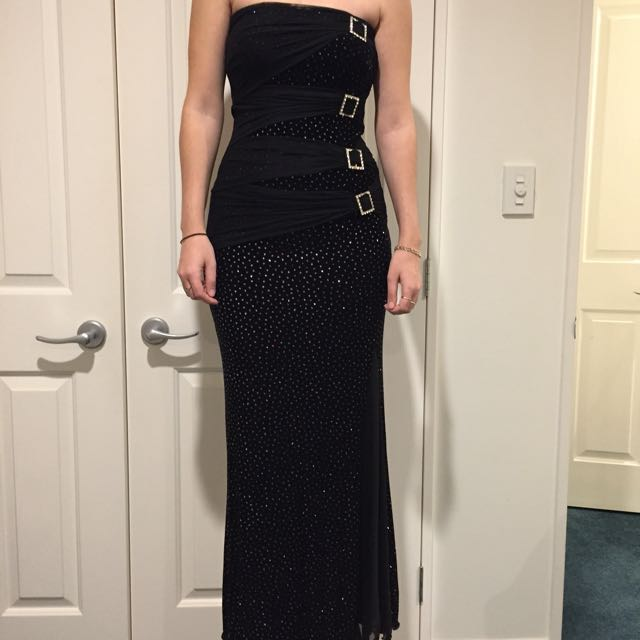 Ball Gown - Black Sparkly Size 6-8