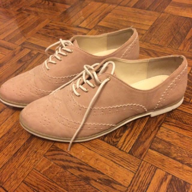 Blush Shoes Size 7