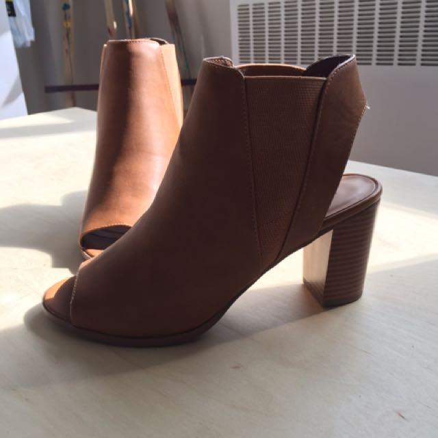 Brown chunky heels