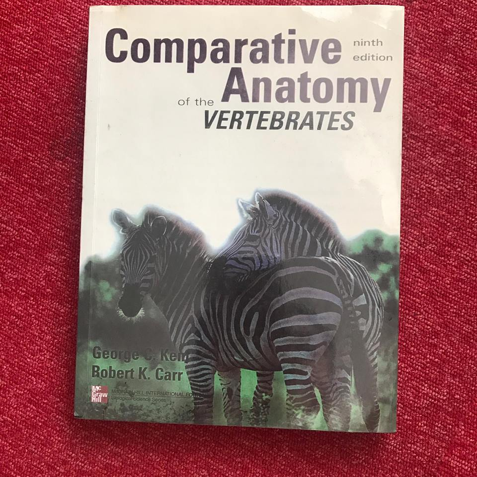 Comparative Anatomy of the Vertebrates, Textbooks on Carousell