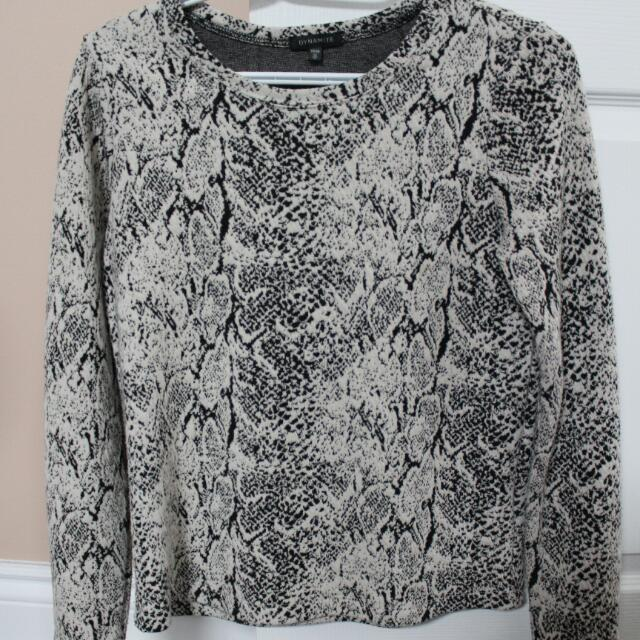 Dynamite XS Textured Sweater