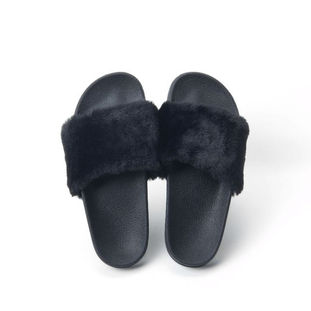 FLUFFY SLIPPERS SHOES SENT PUMA INSPIRED KOREAN TRENDY ULZZANG HARJUKU SLIP  ONS FLIP FLOP WAVE SHOES Sliders Slides Furry Sandals Faux Fur ffb141af5