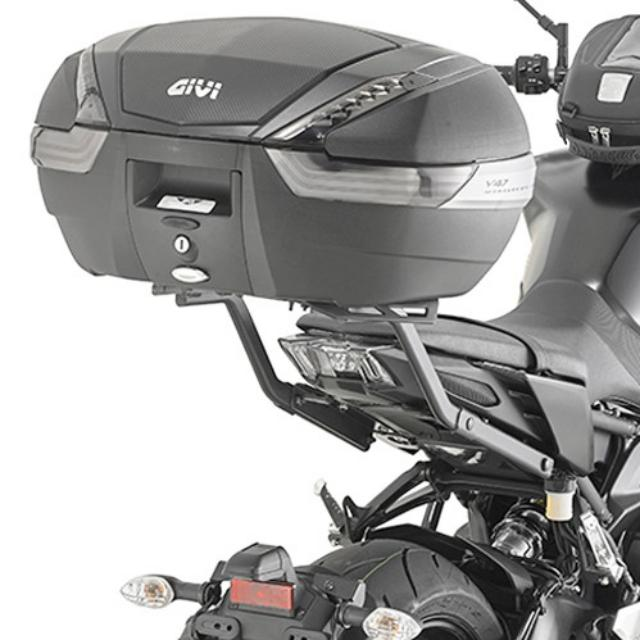 givi top case rear rack for yamaha mt 09 2017 2018 motorbikes motorbike accessories on carousell. Black Bedroom Furniture Sets. Home Design Ideas