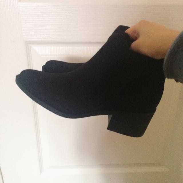 H&m Booties Size 6-7