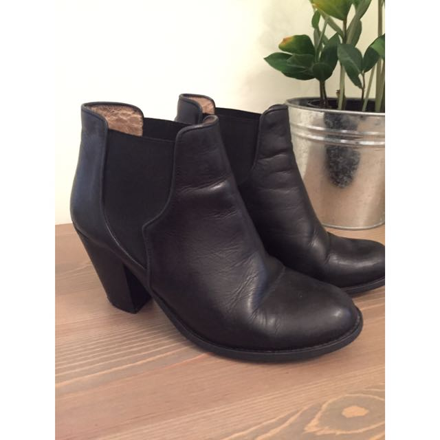 Ivylee Copenhagen Black Leather Boots