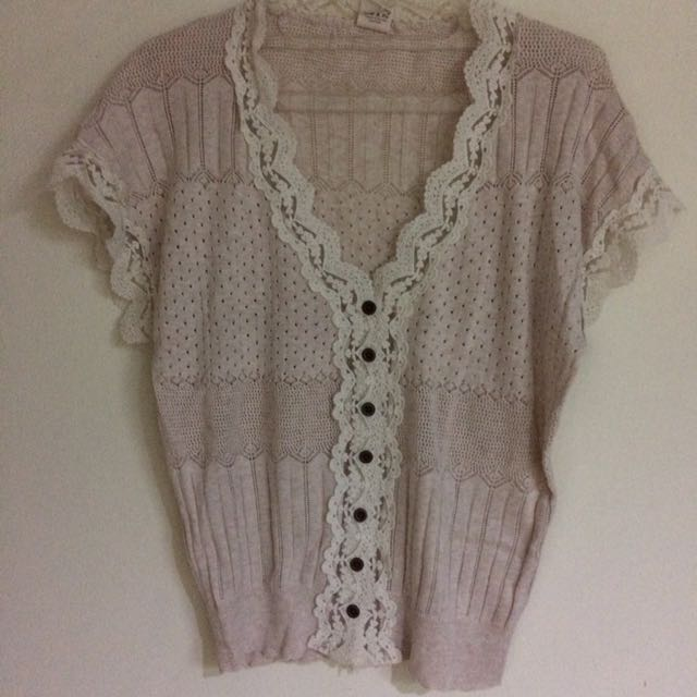 Knit & Co Lace Blousr
