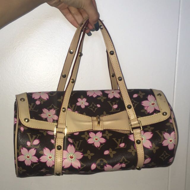 lv louis vuitton handbag need gone asap