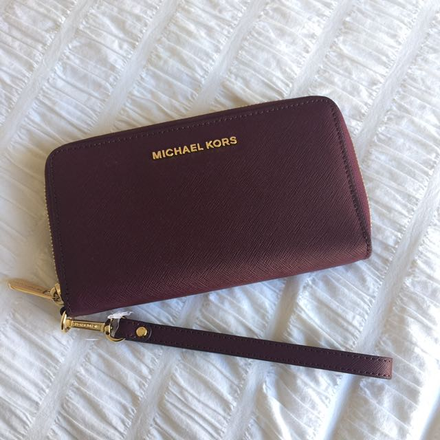 MICHAEL KORS BURGUNDY WALLET