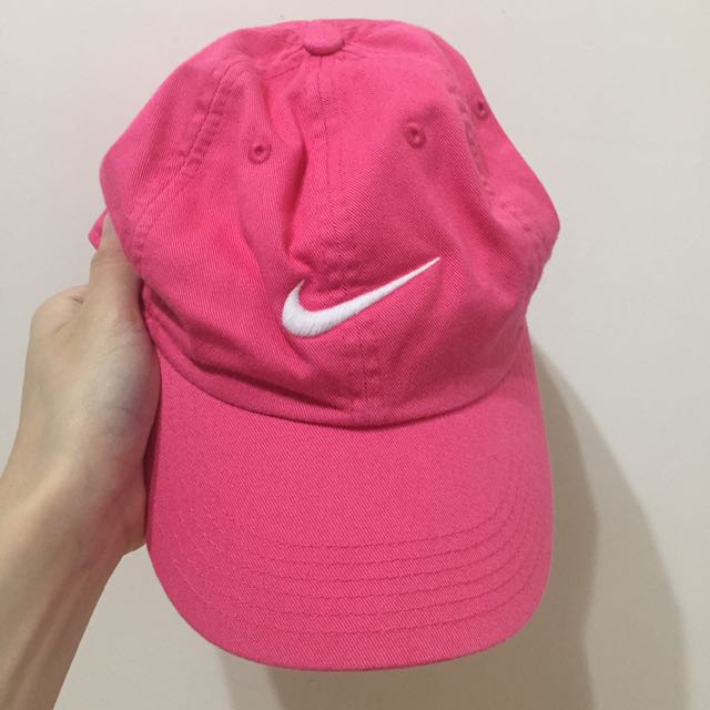 Nike桃色老帽