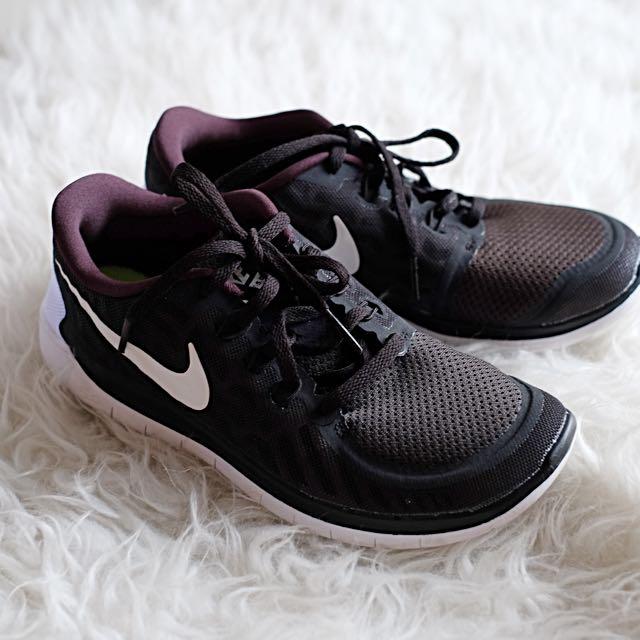 Nike Free 5.0 Shoes - Black Size 37.5