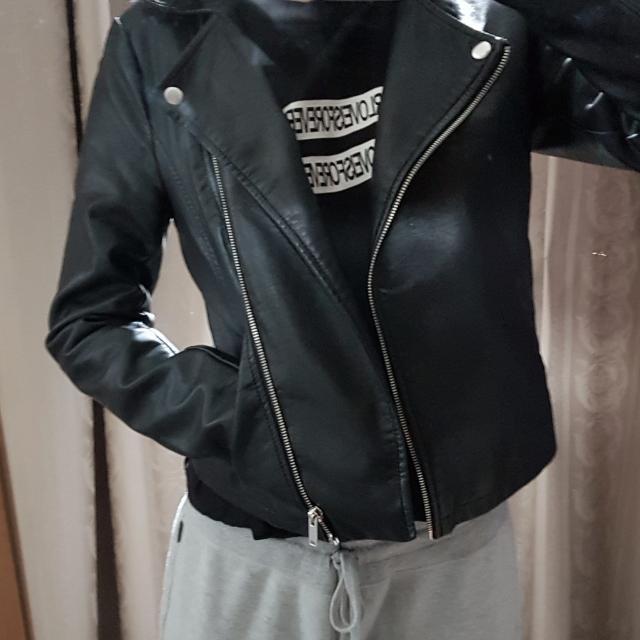🌿ASOS Noisy May Leather Jacket