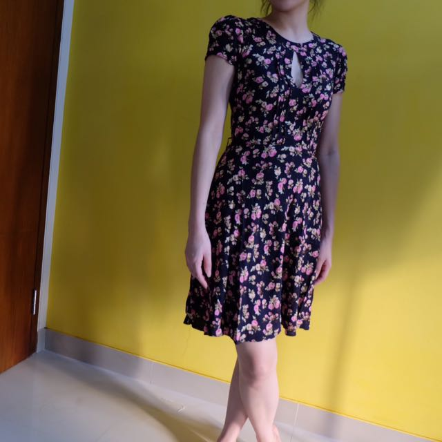Noni Flower dress