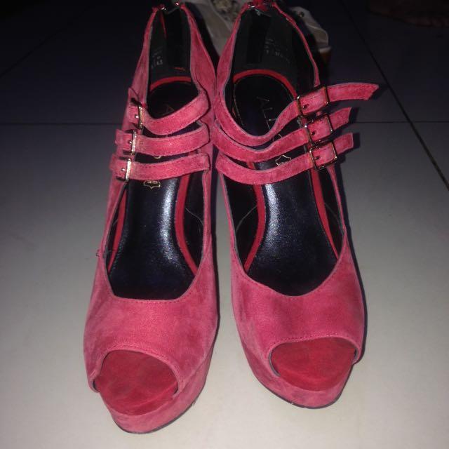 Original Aldo High Heels