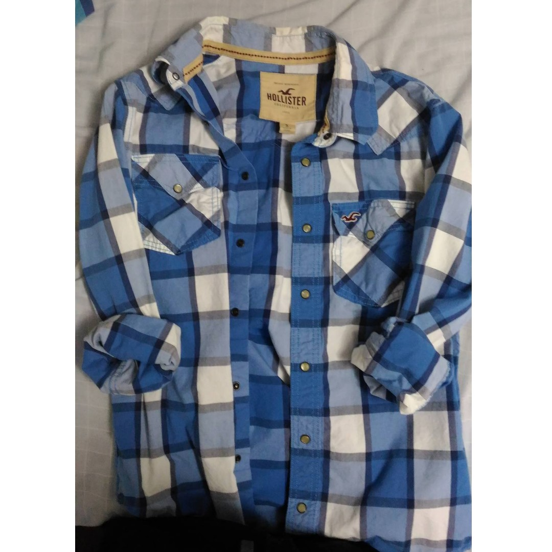 Plaid Shirt by Hollister Size SMALL