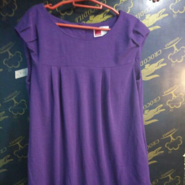 purple dress (knee length)